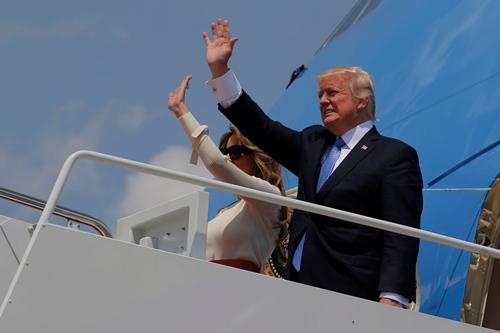 Tổng thống Mỹ Donald Trump và phu nhân. Ảnh: Reuters