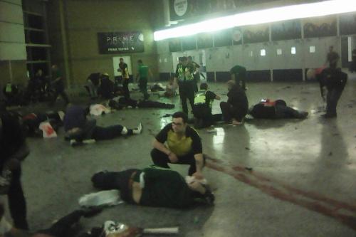 Bên trong nhà thi đấu Manchester, nơi vụ nổ xảy ra. Ảnh: AP