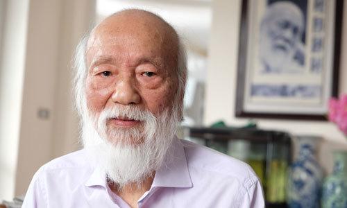 """PGS Văn Như Cương: """"Tôi hoảng vì quá nhiều hồ sơ được giải và điểm 10"""""""