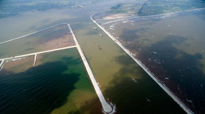 Cửa biển giải cứu 'tàu chết' lớn nhất miền Bắc