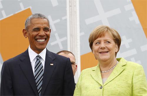 Thủ tướng Đức Merkel và cựu tổng thống Mỹ Obama tại Berlin, Đức. Ảnh: Reuters