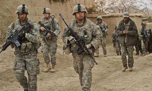 trump-cho-phep-lau-nam-goc-tang-quan-den-afghanistan