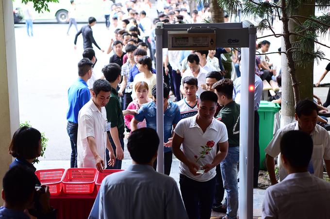 XHCN Việt Nam - Người Việt HCM ăn cắp  Thi-tieng-HanHUY-1285-1497668250_680x0