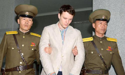 Hình ảnh Otto Warmbier ở thời điểm được đưa đến tòa tối cao ở Bình Nhưỡng. Ảnh: Reuters