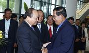 Thủ tướng Campuchia nhất trí tăng hợp tác với Việt Nam ở diễn đàn khu vực