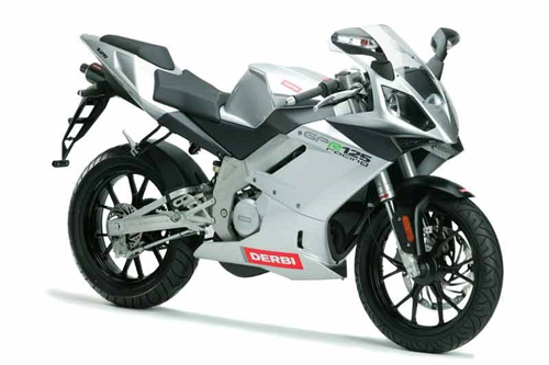 10-moto-the-thao-2-thi-125-phan-khoi-noi-bat-nhat