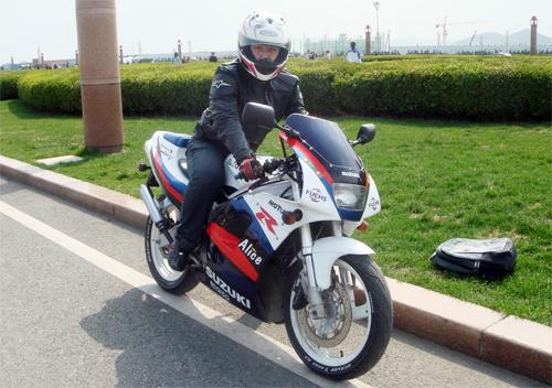 10-moto-the-thao-2-thi-125-phan-khoi-noi-bat-nhat-2