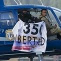 Trực thăng thả lựu đạn vào tòa án tối cao ở Venezuela