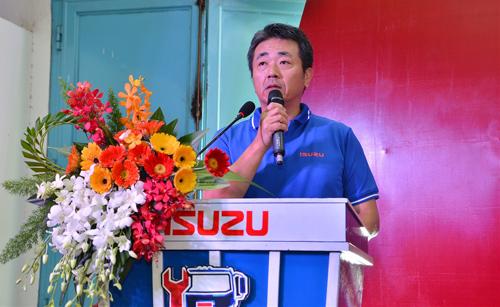 Ông Hidekazu Noto Tổng Giám đốc Isuzu Việt Nam phát biểu khai mạc về định hướng phát triển toàn diện & bền vững