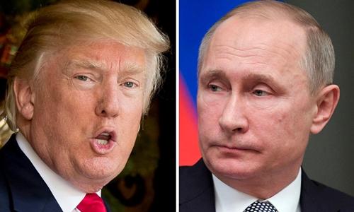 Tổng thống Mỹ Donald Trump (trái) và người đồng cấp Nga Vladimir Putin. Ảnh: AP.