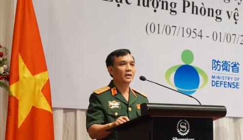 Trung tướng Phạm Hồng Hương, phó Tổng Tham mưu trưởng quân đội Việt Nam tại sự kiện tối qua. Ảnh: Trọng Giáp
