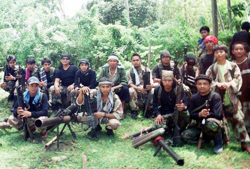 them-mot-cong-dan-viet-nam-bi-khung-bo-sat-hai-o-philippines